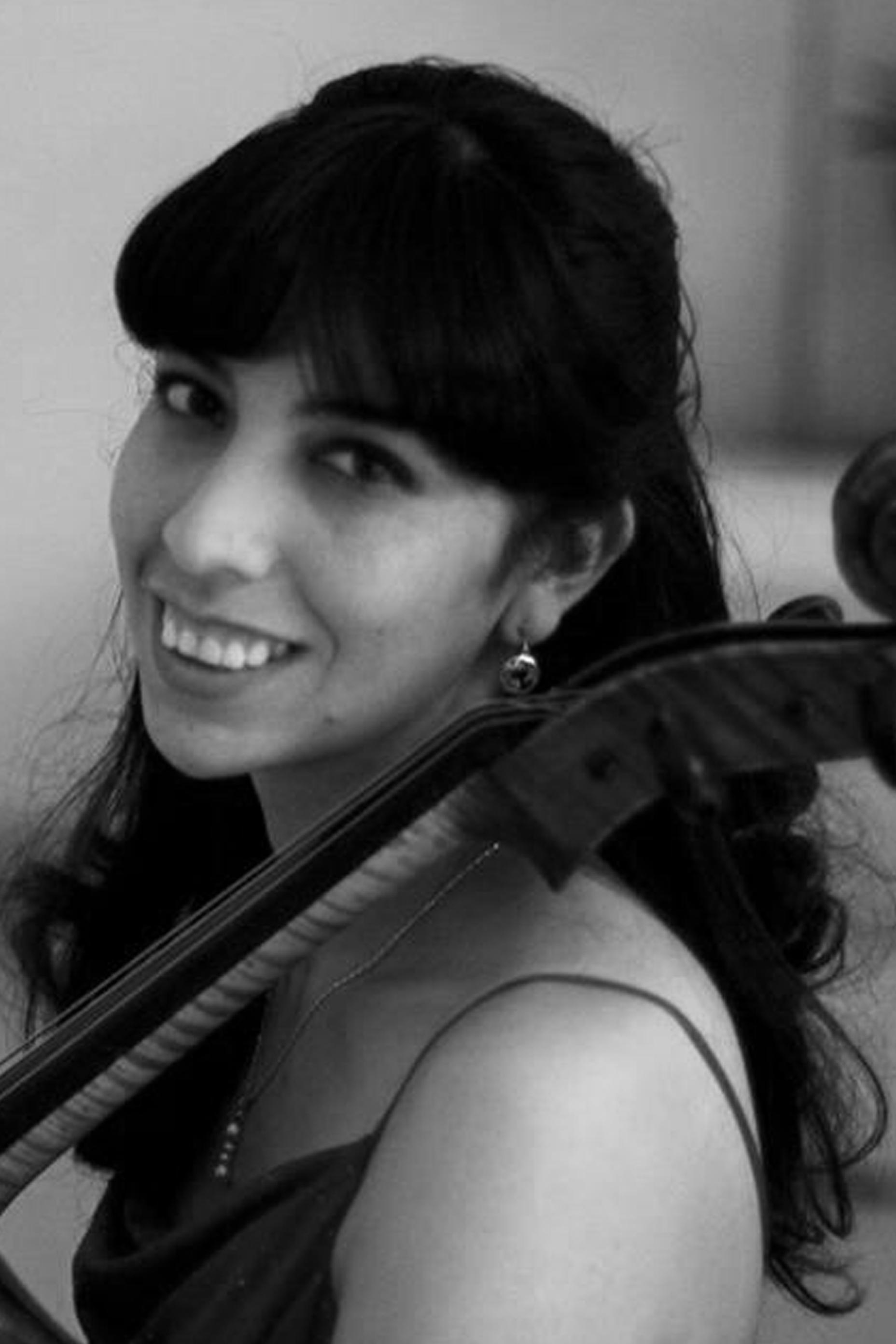 Andrea Garcia Videos cello   bolivia clasica