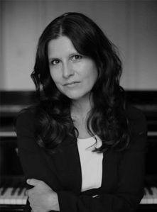 Ana-María Vera Pianist